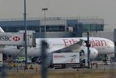 Máy bay Boeing bốc cháy bí ẩn