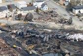 Tàu trật bánh ở Canada do bị lính cứu hỏa cắt thắng?