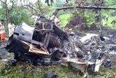 Máy bay lao dây điện, phi hành đoàn tử nạn