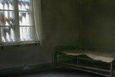 Xác chết treo 8 năm trong căn hộ bỏ hoang