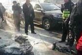 Bất bình vì bị phạt, tài xế Trung Quốc tự thiêu