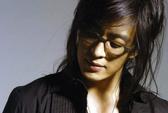 Truy lùng danh tính bạn gái Bae Yong Joon