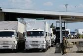 Đoàn xe Nga vượt biên giới Ukraine