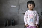 Trung Quốc: Xì-căng-đan 300 trẻ nhiễm độc chì