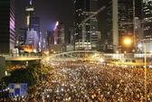 Hàng chục ngàn người thắp sáng Hồng Kông