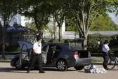 Xe lạ theo sát con gái ông Obama, Nhà Trắng đóng cửa
