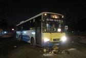 Về quê ăn Tết, bị xe buýt tông nhập viện