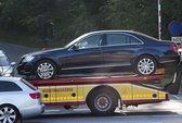 Vua Thụy Điển gặp tai nạn ô tô