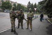 Quân đội Ukraine tấn công miền Đông, giết 5 phiến quân thân Nga