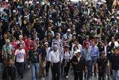 Thái Lan: Cảnh sát xịt hơi cay vào người biểu tình