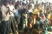 Ấn Độ: Hai chị em họ bị cưỡng hiếp rồi treo lên cây