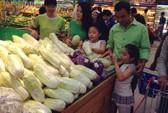 Quyền Linh, Bình Minh dẫn vợ con đi siêu thị