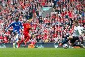 Mourinho lại phá Liverpool