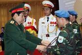 Việt Nam cử sứ giả hòa bình ra thế giới