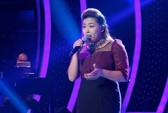 """Vietnam Idol: Minh Thùy sút """"phong độ"""" trong """"đêm giám khảo"""""""