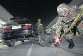 Quân đội muốn trang bị vũ khí cho binh sĩ ở Bangkok