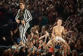 Cảnh báo màn diễn dung tục trong lễ trao giải MTV VMAs 2014