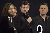 Arctic Monkeys, One Direction được vinh danh tại BRIT Awards