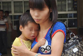 Bé gái 29 tháng tuổi bị bạo hành gãy 4 răng cửa