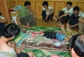 Nhân viên nhà máy xi măng Hoàng Mai bị bắt quả tang đánh bạc