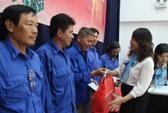 Thăm công nhân trực Tết đường hoa Nguyễn Huệ