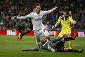 """Ronaldo gây thất vọng, """"Kền kền trắng"""" vẫn vào bán kết"""