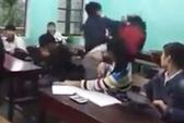 Nam sinh hung bạo đánh bạn nữ ngay trong lớp