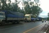 Bất lực đứng nhìn hàng trăm xe tải né trạm cân