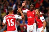 Welbeck lập hat-trick, Arsenal nghiền nát Galatasaray tại Emirates