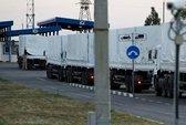 Xe cứu trợ Nga bắt đầu làm thủ tục tại biên giới Ukraine