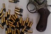 Bắt trùm xã hội đen dùng súng uy hiếp và đánh người
