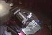 Bắt quả tang kẻ vận chuyển 40 bánh heroin, thu 2 súng colt và 1 lựu đạn
