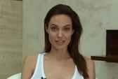 Angelina Jolie bị thủy đậu, không dự ra mắt phim mới