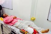 Bé sơ sinh rơi khỏi bụng mẹ trong tai nạn đã ngưng thở máy