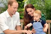 Hoàng tử bé George mừng thôi nôi