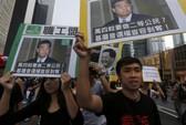 Người biểu tình Hồng Kông bao vây nhà ông Lương Chấn Anh
