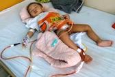 Chuyên gia Mỹ sẽ khám cho bé bị cắt nhầm bàng quang