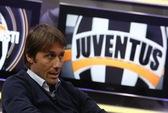 "HLV Conte rời Juventus do M.U ""cuỗm"" mất Vidal"