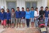 Hỗn chiến, đem theo 12 dao Thái Lan để