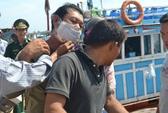Tàu Trung Quốc lại xịt vòi rồng, tấn công ngư dân Quảng Ngãi
