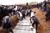 Phiến quân Syria đánh nhau, thi thể chồng chất