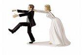 Chú rể ly dị ngay trong tiệc cưới vì cô dâu lộ ảnh