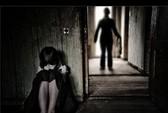 Hiếp dâm con ruột lãnh 20 năm tù