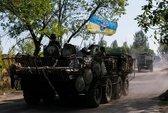 """Nga tung lực lượng """"thiện chiến và nguy hiểm"""" gần Ukraine"""