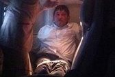 Hút thuốc, hành khách bị trói chặt trên máy bay