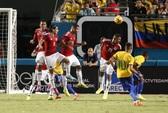Neymar sút phạt tuyệt đẹp, Brazil lại hạ Colombia