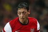 Ozil xin lỗi người hâm mộ Arsenal