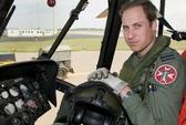 Nữ hoàng Anh tặng hoàng tử William trực thăng 11 triệu USD