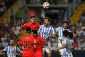 Barcelona đứt mạch thắng, Sevilla và Atletico bám sát ngôi đầu