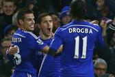 Vùi dập Tottenham, Chelsea thách thức Premier League